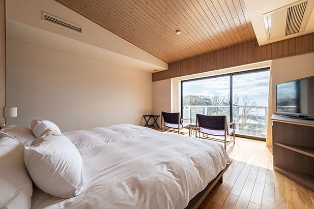 伊豆高原の自然を眺めながらリラックスできるお部屋2