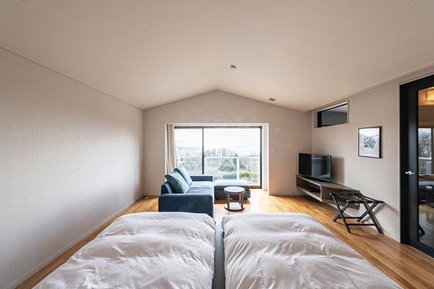 伊豆高原の自然を眺めながらリラックスできるお部屋5