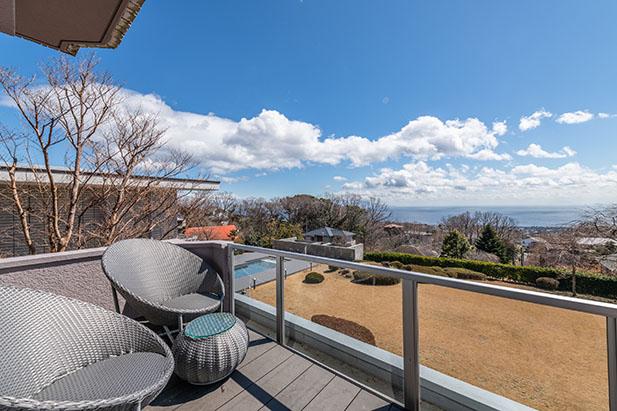 晴れの日には伊豆七島を眺めることができます
